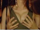 《喜爱夜蒲2》街头宣传 导演女友遭袭胸