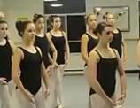 点击观看《性感芭蕾美女版《江南style 》mv》