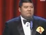 点击观看《高晓攀尤宪超相声《救,不救?》》