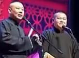 点击观看《郭德纲2012 7月相声《油炸鸡》岳云鹏返场》
