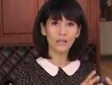 点击观看《美女私房菜 20121103  鸭子烧蘑菇》