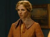 点击观看《六楼的女人 完整版》