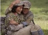 点击观看《战争不相信眼泪 5》