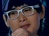 点击观看《《中国好声音》权振东《亲爱的小孩》》