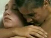 点击观看《戛纳的柔肤 完整版》